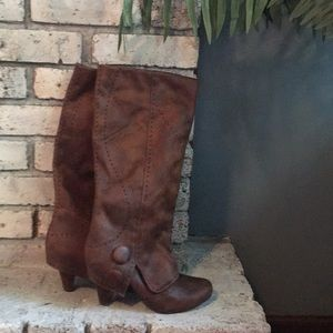 Not Rated brown knee high heeled boots!!
